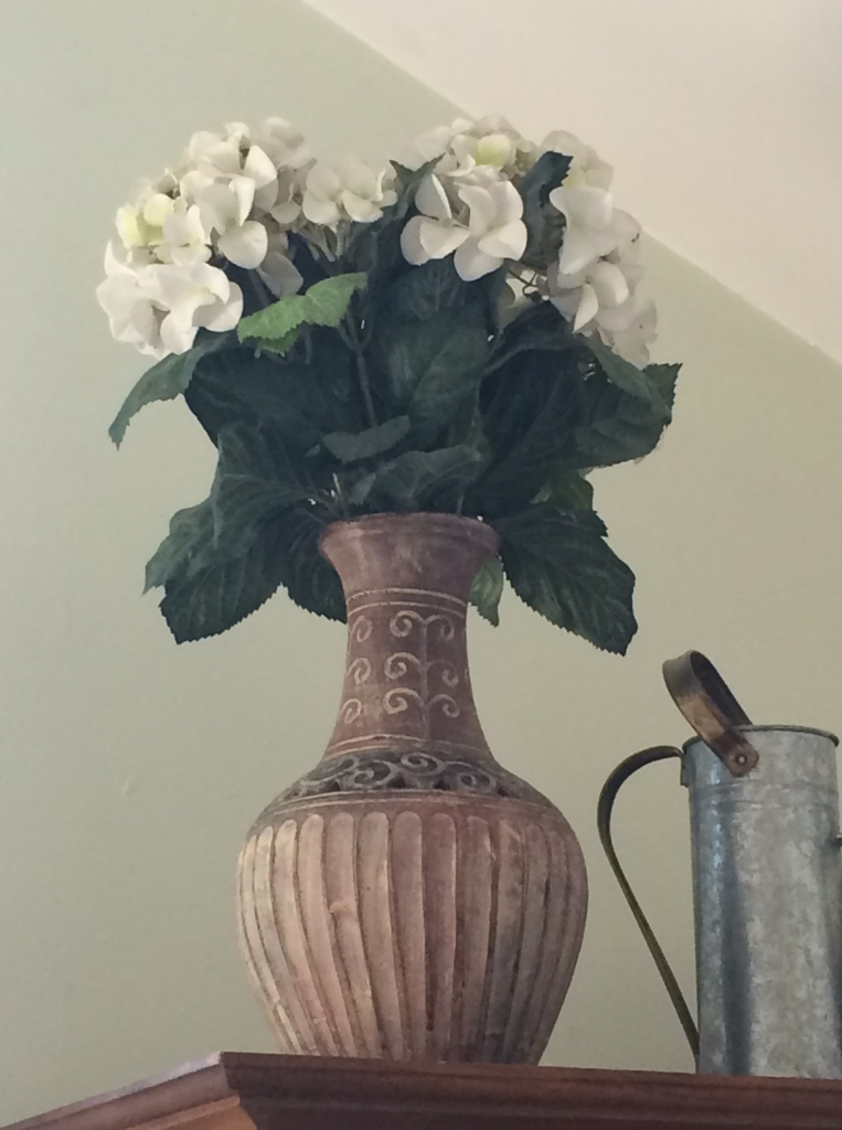 vase bedroom
