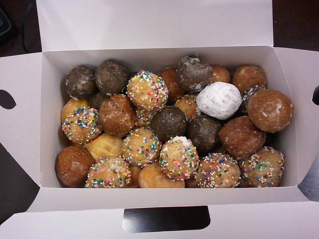 munchkins-dunkin-donuts